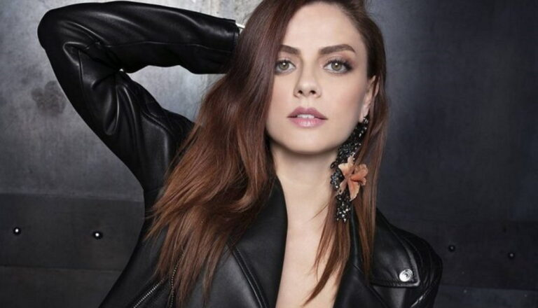 Read more about the article Annalisa (Italian singer)