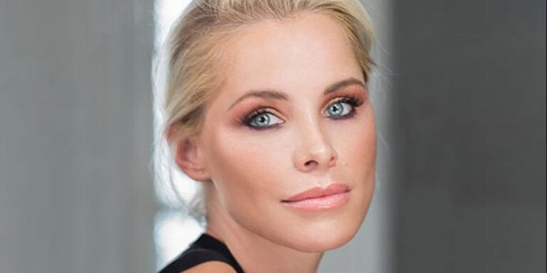 Read more about the article Soraya Arnelas (Spanish singer)